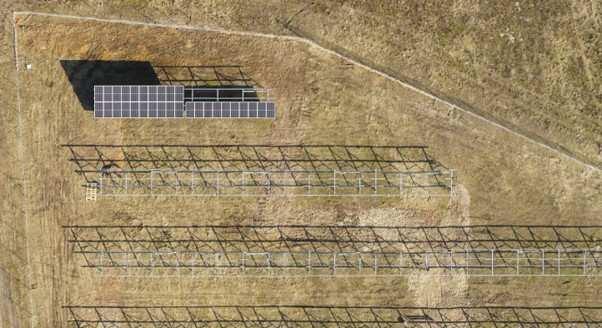 Budowa farmy słonecznej
