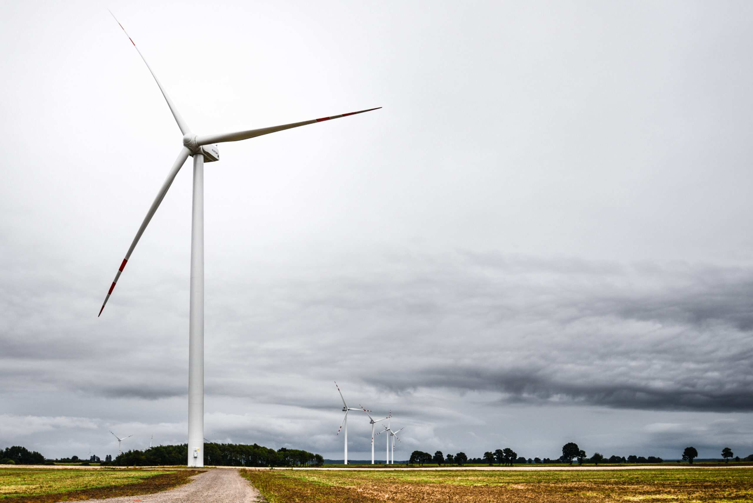 wiatraki, farma wiatrowa Lotnisko
