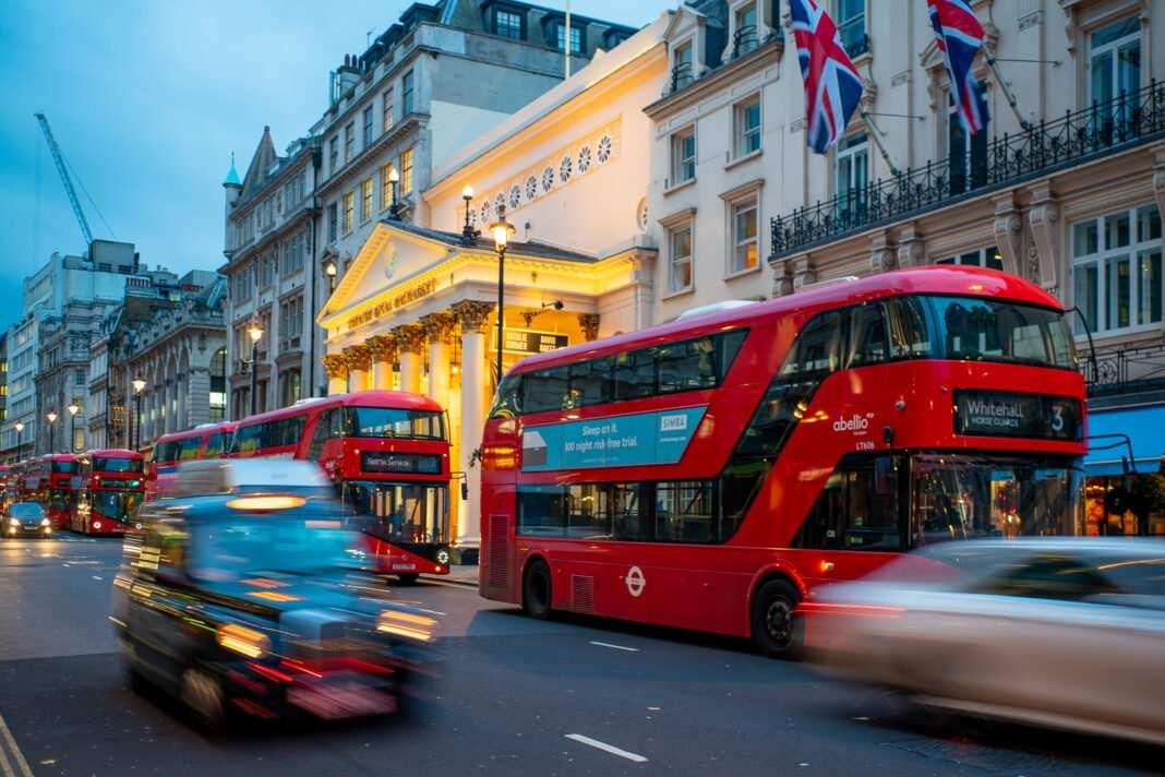 Londyn, autobusy, Wielka Brytania